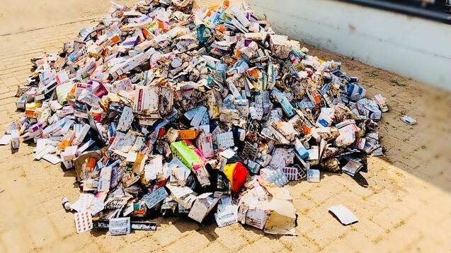 Auch Apotheken wurden in den Hochwassergebieten verwüstet. (Quelle: Vongehr)
