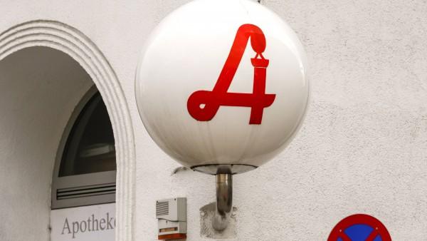 Deutschland kauft Österreich leer