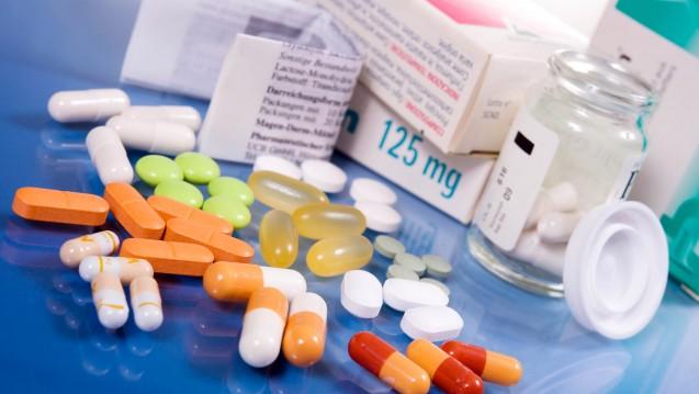 Neue Arzneimittel mit Erstattungsbetrag machen bislang 15 Prozent des GKV-Arzneimittelumsatzes aus. (Foto: grafikplusfoto / stock.adobe.com)
