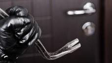 Im Schnitt ist jeden zweiten Tag eine Apotheke in Deutschland vom Betäubungsmittel-Diebstahl betroffen. (Foto: ia_64 / Fotolia; Grafiken: jh / DAZ.online, Quelle: Polizeiliche Kriminalstatistik)