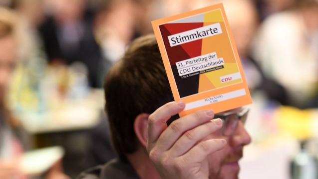 Am morgigen Freitag beginnt der 32. Parteitag der CDU in Leipzig (hier ein Symbolbild vom 31. Parteitag). Die Delegierten stimmen auch über Apotheken-relevante Anträge ab. (s / Foto: imago images / Future images)
