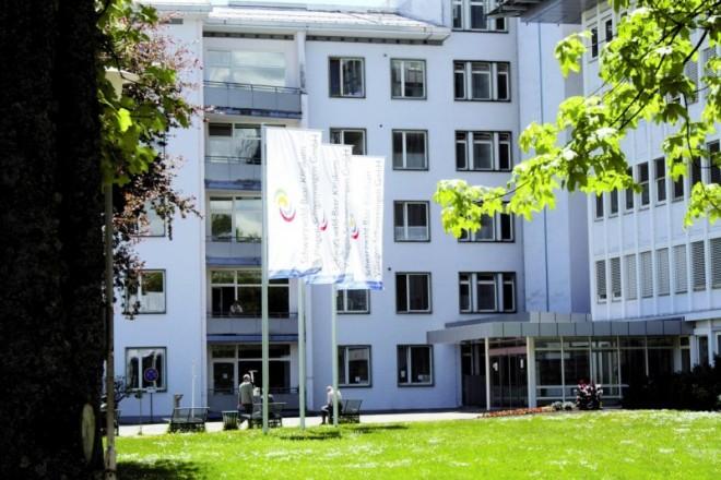 D2211_du_Schwarzw_Klinikum.jpg