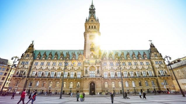 Die FDP-Abgeordnete Jennyfer Dutschke in der Hamburgischen Bürgerschaft hat dem Senat einige Fragen zum aktuellen Zyto-Skandal in der Hansestadt gestellt. (m / Foto: imago images / Ohde)