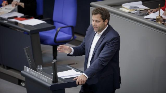 Der SPD-Generalsekretär Lars Klingbeil sieht Deutschland bei der Corona-Impfstrategie im Vergleich zu anderen Ländern im Nachteil. (Foto: Tobias Koch)