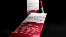 In der EU ist das Patent für Humira nun abgelaufen, in den USA kann Abbvie den Wirkstoff noch exklusiv vertreiben. ( r / Foto:picture alliance / AP Photo)