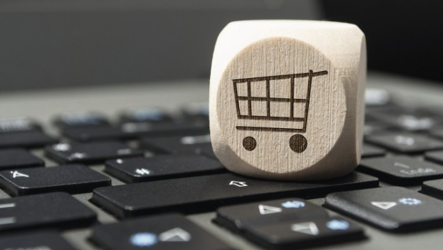 Wie Apotheker Online-Angebote für sich nutzen können, erläutert Inhaber Dr. Björn Schittenhelm im DAZ-Interview. (Foto: Stockwerk-Fotodesign – stock.adobe.com)