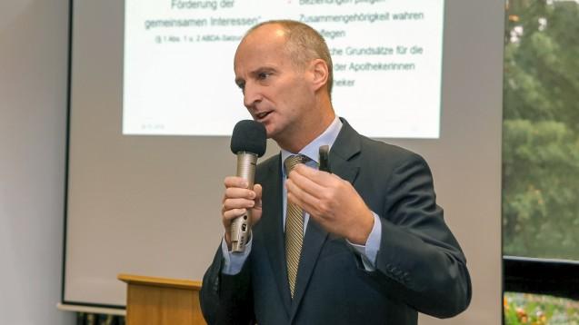 ABDA-Präsident Friedemann Schmidt (hier beim DAT in München) stellte sich bei der Mitgliederversammlung der Apothekerkammer Westfalen-Lippe (AKWL) den Fragen der Delegierten. (c / Foto: AKWL)