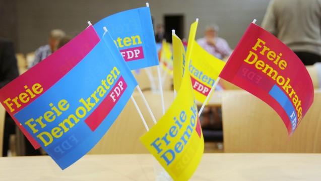 Eine Partei, 15 Meinungen: In der FDP gibt es keinen eindeutigen Kurs zum Apothekenmarkt. DAZ.online verschafft einen Überblick. (Foto: dpa)