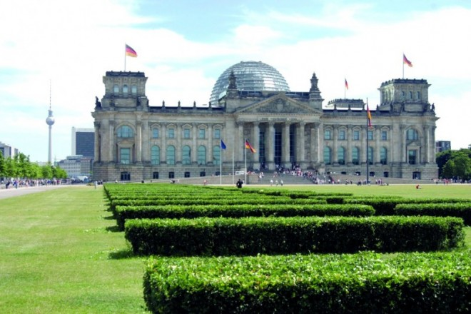 Bild 182432: A382014_S8_Bundestag2