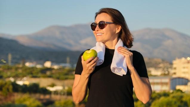 Ausreichend Bewegung und gesunde Ernährung sind in den Wechseljahren besonders wichtig. (Foto: Valerii Honcharuk / stock.adobe.com)