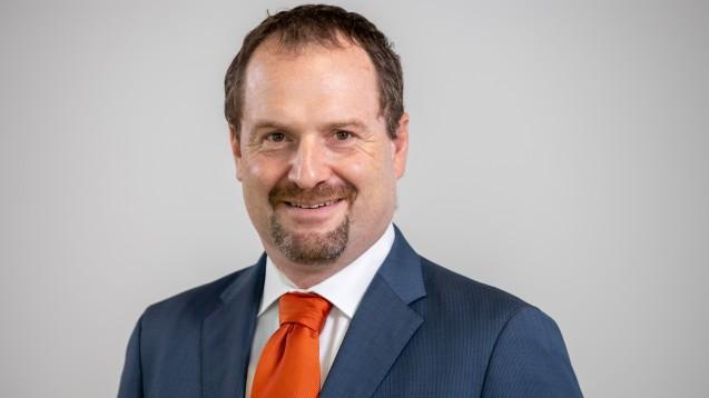 DAZ.online hat bei dem Freiburger Rechtsanwalt Dr. Morton Douglas nachgefragt: Was denkt er über das neue Apotheken-Urteil des EuGH? (c / Foto: Schelbert)