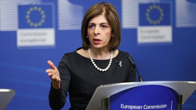 """EU-Gesundheitskommissarin Stella Kyriakides: Die europäische Arzneimittelindustrie soll """"innovieren und florieren"""". (Foto: imago images / Xinhua)"""