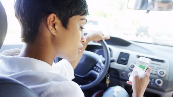 Handys treiben Unfallstatistik in die Höhe