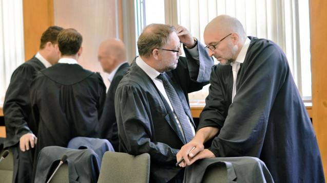 Verteidigung, Staatsanwaltschaft und Nebenklage legen Revision beim BGH an. (c / Foto: hfd / DAZ.online)