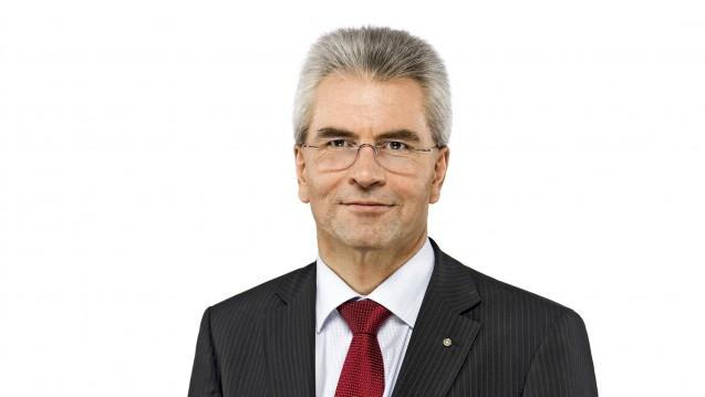Dr. Hans-Peter Hubmann: Die Umsetzung des Rx-Versandverbotes ist wichtigstes Ziel des Verbandes. (b / Foto: ABDA)