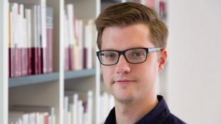 Dr. Mathias Schneider (ms)