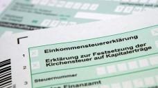 Manch ein Apothekenkunde wünscht beim Steuersparen Hilfe aus der Apotheke. (Foto: M. Schuppich/Fotolia)