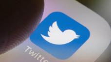 Ein Tweet des GKV-Spitzenverbandes zum Welt-Emoji-Tag sorgte für einen Shitstorm. (c / Foto: imago)