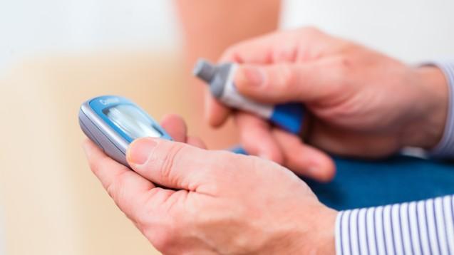 Sind kostenlose Blutzuckermessgeräte aus Apotheken bald Vergangenheit? (Foto: Kzenon / Fotolia)