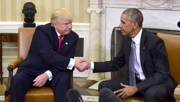22.11.2016 –Für Amerikaner ist es laut einer Umfrage das dringendste Thema: Die Gesundheitsversorgung. Im Wahlkampf erklärte Donald Trump noch, er wolle Obamas Reform komplett rückgängig machen, dann entdeckte er doch positive Seiten.(Foto: dpa)