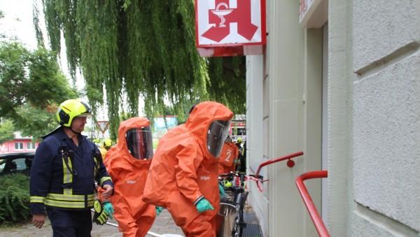 31 Feuerwehrleute für eine Flasche Ammoniak