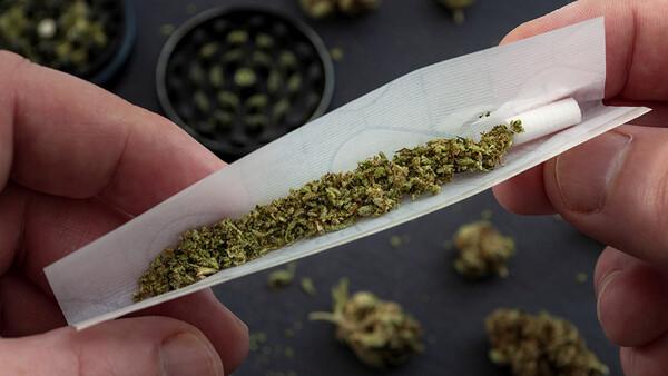 Suizidalität steigt mit zunehmendem Cannabis-Konsum