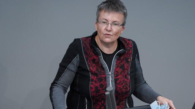 """Kathrin Vogler will dafür """"sorgen, dass die Gesundheitspolitik der Linken in den kommenden vier Jahren kompetent und wahrnehmbar bleibt"""". (x / Foto: IMAGO / Political-Moments)"""