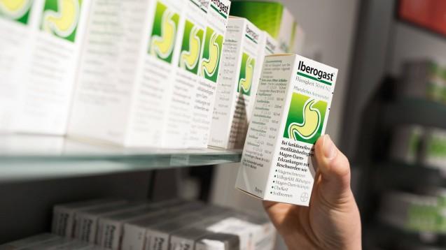 Iberogast zählt zu den Kassenschlagern in den Apotheken. (Foto: imago images / Uwe Steinert)