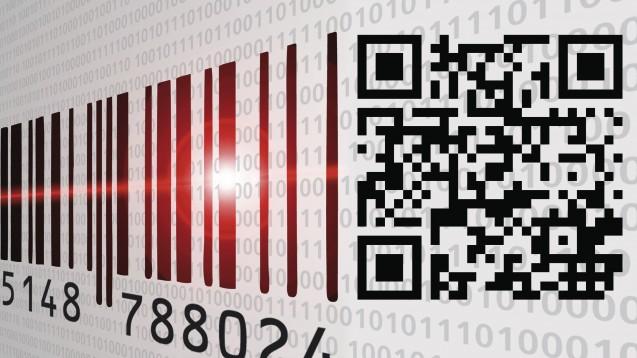 Ab Feburar 2019 müssen Apotheken die speziellen Sicherheitsmerkmale von Arzneimitteln prüfen – einer davon ist ein 2D-Code. (Foto: Jürgen Fälchle / stock.adobe.com / Montage: DAZ)