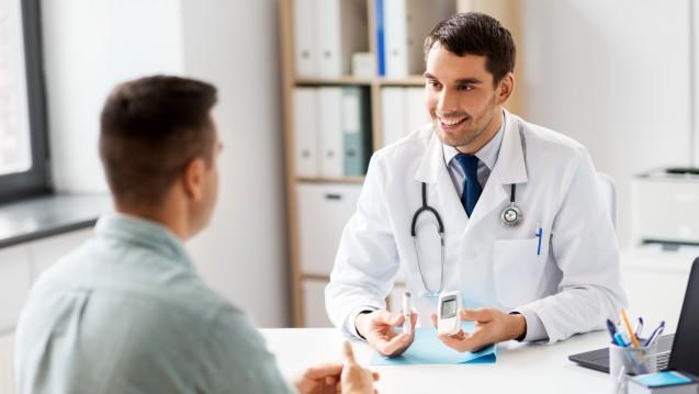 Geplante Dauerverordnungen für Chroniker: Ärzte fürchten um ihre Chronikerzuschläge. (r / Foto: Syda Productions/stock.adobe.com)