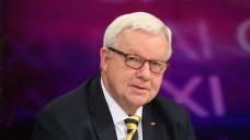 Offenbar zielt der Apotheker Michael Fuchs (CDU) nicht auf die Stimmen von Apothekern. (Foto: dpa)
