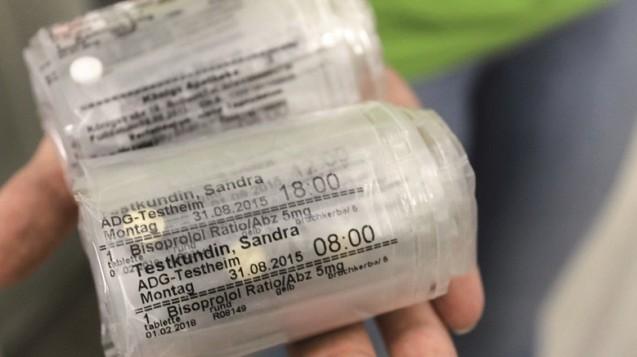 Verblisterte Arzneimittel: Wer darf Preis festlegen? (Foto: daz)