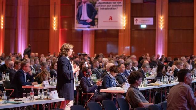 Die Debatte rund um das Rx-Versandverbot nahm auf dem diesjährigen DAT einen großen Platz ein. Der Bundesverband der Pharmaziestudierenden stört sich an dieser Fokus-Setzung der Apotheker. (c / Foto: Schelbert)