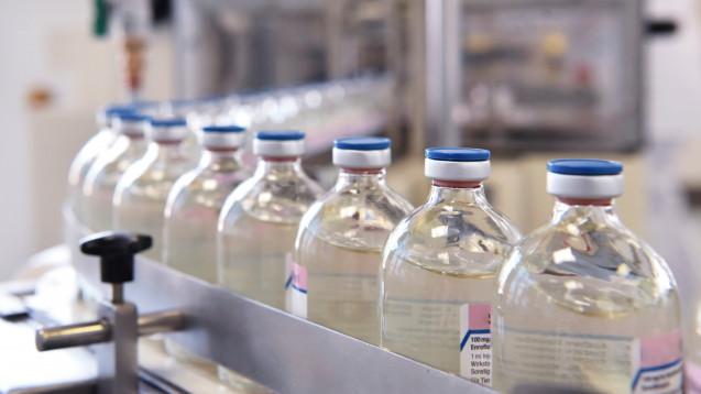 Vor allem neue und biotechnologisch hergestellte Arzneimittel finden die AVR-Herausgeber viel zu teuer. ( r / Foto: industrieblick                                          / stock.adobe.com)