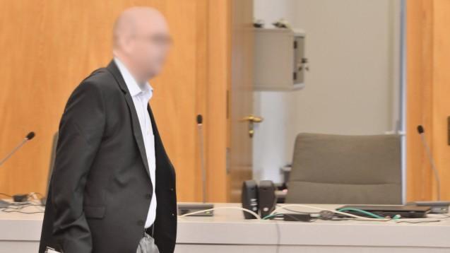 Der inzwischen verurteilte Bottroper Zyto-Apotheker Peter S. muss in Untersuchungshaft bleiben. Seine Haftbeschwerde wurde abgelehnt. (s / Foto: imago images)