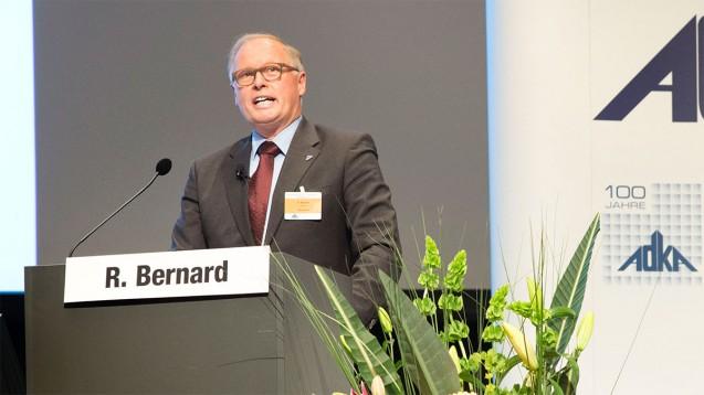 Rudolf Bernard,Präsident des Bundesverbands Deutscher Krankenhausapotheker, sieht die Probleme bei der Digitalisierung auch als Chance für die Apotheker. (Foto: ADKA / Peter Pulkowski)