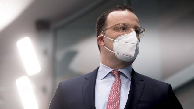 Das Haus von Bundesgesundheitsminister Jens Spahn hat die Coronavirus-Impfverordnung angepasst. Die Apotheker:innen dürften sich mehr erhofft haben. (Foto: IMAGO / IPON)