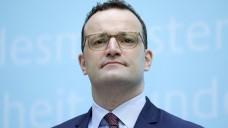 Bundesgesundheitsminister Jens Spahn muss sich für seine Machtübernahme in der Gematik und die jetzt bevorstehende Ernennung eines Pharma-Managers zum Gematik-Chef Kritik gefallen lassen. (s / Foto: imago images / Jens Schicke)