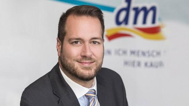 Angriff auf die Apothekenpflicht: Trotz eines Rückschlags will Harald Bauer, Geschäftsführer bei dm in Österreich, weiter darauf drängen, die Apothekenpflicht in Österreich aufzuweichen. (Foto: dm Österreich)