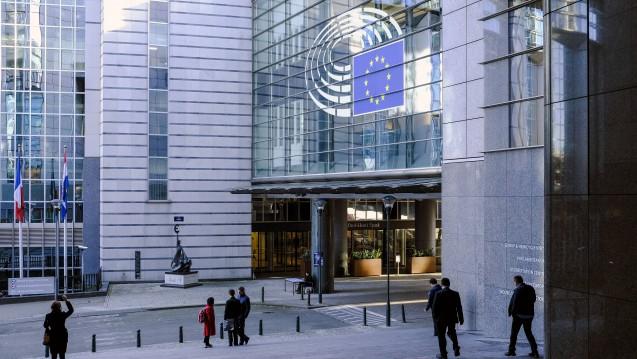 Das Europäische Parlament stimmt im April über den Kompromiss zur Änderungen des SPC-Verordnung ab. (j/Foto: imago/Michael Kneffel)