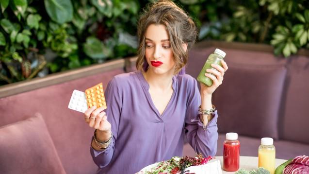 Für Veganer ist eine Vitamin-B12-Nahrungsergänzung nötig, bei Vegetariern nicht unbedingt. ( r / Foto: rh2010 / stock.adobe.com)