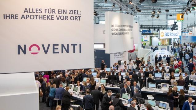 Der Apotheken-Dienstleister Noventi (hier ein Foto von der Expopharm) hat erklärt, dass er erstmals in Deutschland den gesamten Abwicklungsprozess eines E-Rezeptes durchlaufen habe. Doch stimmt das auch? (m / Foto: Schelbert)