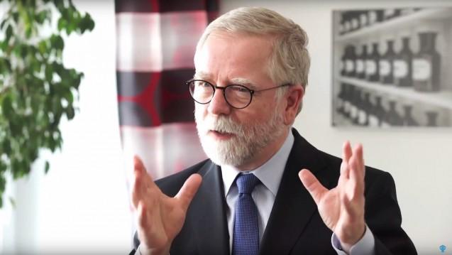 Keine Zustände wie in der DDR: Kammerpräsident Lutz Engelen will das PKV-System erhalten und die Bürgerversicherung vermeiden. (Screenshot)