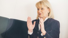 Karin Maag, gesundheitspolitische Sprecherin der Unionsfraktion, meint in einem Brief an den Pharmaziestudenten Benedikt Bühler, dass das Rx-Boni-Verbot ein guter Kompromiss sein könnte. (m / Foto: Külker)