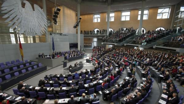 Bundestag beschließt automatische Diäten-Anpassung