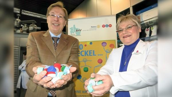 NRW-Justizminister übergibt Preisgeld an Apotheke