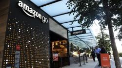 """Bald auch in Deutschland? Eines der """"Amazon Go""""-Geschäfte, die ohne Kassen auskommen in Seattle, USA. (Foto: Andrej Sokolow / dpa)"""