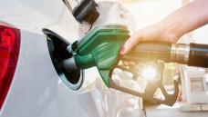 Tankgutscheine für Apothekenmitarbeiter können eine für beide Seiten erfeuliche Zuwendung sein – vorausgesetzt, der Arbeitgeber beachtet einige Vorgaben. (c / Foto: rcfotostock/ stock.adobe.com)