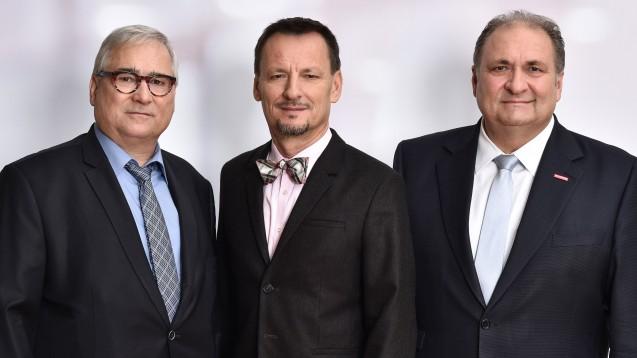 Die Vorstandsvorsitzenden und der Geschäftsführer des IKK e.V. – Hans Jürgen Müller, Jürgen Hohnl und Hans Peter Wollseifer(v. l.) – gehen auf Konfrontationskurs zur Pharmaindustrie. (r / Foto: IKK e.V.)