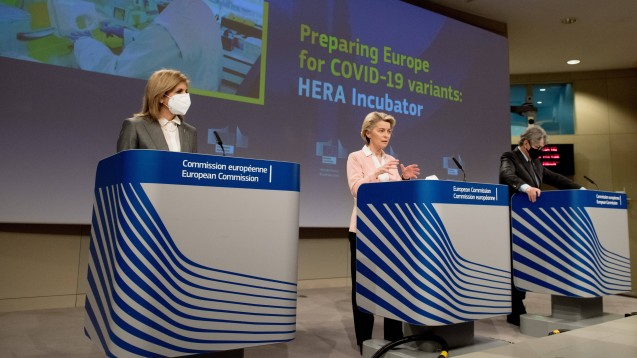 Die Kommission will auch die Option einer neuen Kategorie von Notzulassungen für Impfstoffe auf EU-Ebene prüfen, mit gemeinsamer Haftung der Mitgliedstaaten.(Foto: IMAGO / Xinhua)